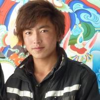 Champa Dorje voor een zelfgemaakte muurschildering